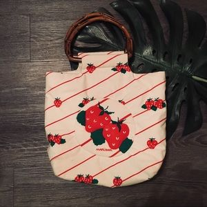 🌿 Vintage strawberry kawaii bamboo handle bag